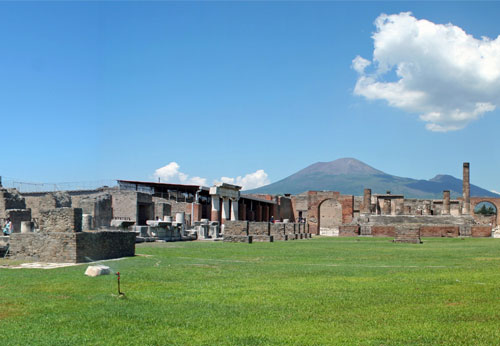 The port of Pompeii
