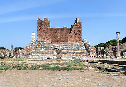 The last stage of Roman Ostia back to life