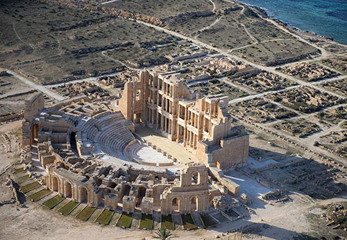 Sabratha and the Colosseum, blood and bloody ties